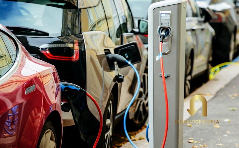 «Situación Actual y Futuro de la Movilidad Eléctrica»Webinar