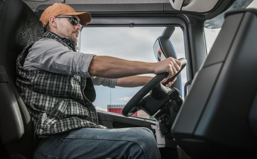 Postura adecuada para conducir un camión